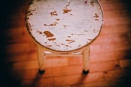 footstool-349707__180