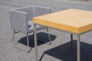 ソングバードデザイン アームチェア&テーブル